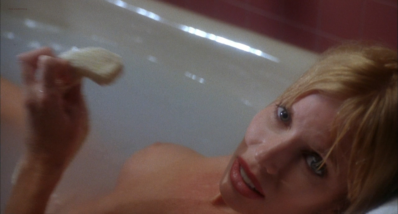 Brenda Bakke nude side boob Peggy Trentini nude topless others all nude - Tales From The Crypt Demon Knight (1995) hd720p (8)