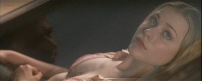 Evan Rachel Wood hot in bikini and some mild sex - Down in the Valley (2005) (6)