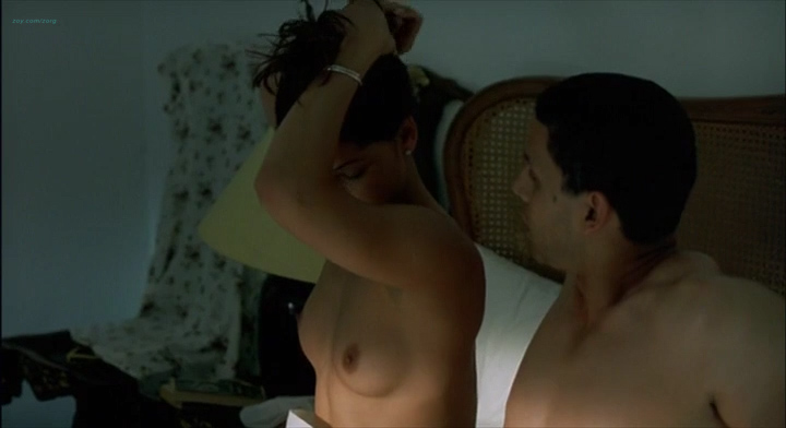 Leonor Varela nude topless and nude butt - Pass is Grave (FR-2003) (5)
