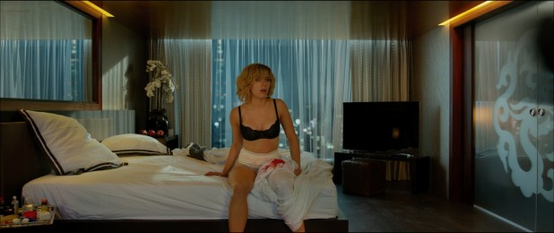 Scarlett Johansson hot and sexy and Analeigh Tipton hot - Lucy (2014) hd1080p (6)