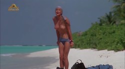 Bo Derek nude full frontal - Ghosts Can't Do It (1989) (14)