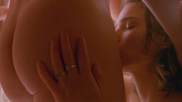 Chiara Caselli nude topless and butt - My Own Private Idaho (1991) hd1080p (12)