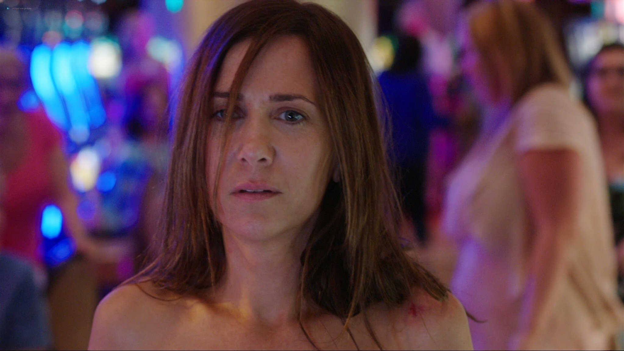 Kristen Wiig nude full frontal - Welcome to Me (2014) HD 1080p BluRay REMUX (4)
