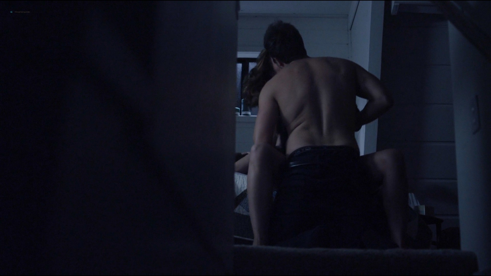 Lucy Griffiths hot sex Cassidy Freeman sex - Don't Look Back (2014) HD 1080p Web (9)