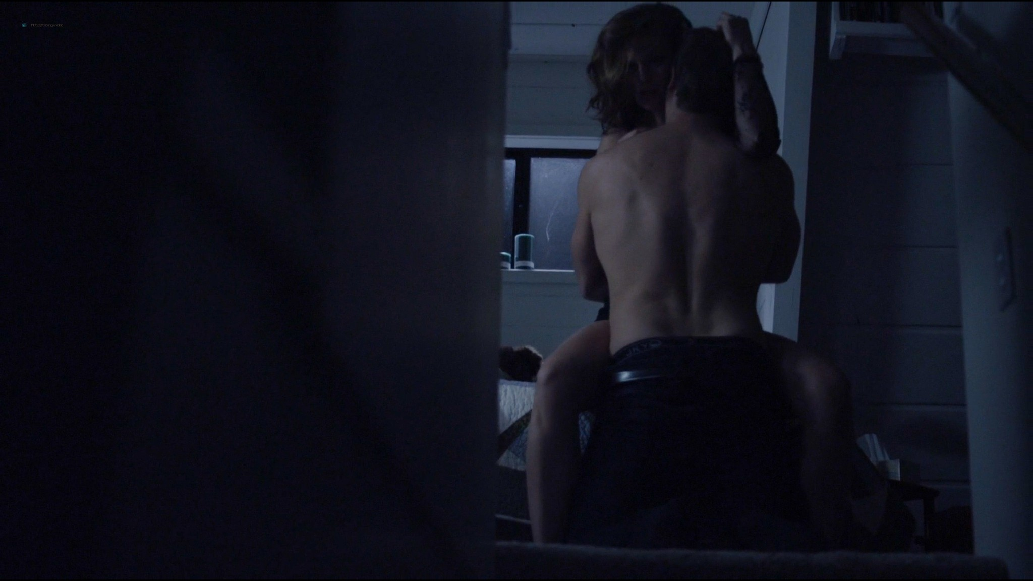 Lucy Griffiths hot sex Cassidy Freeman sex - Don't Look Back (2014) HD 1080p Web (8)