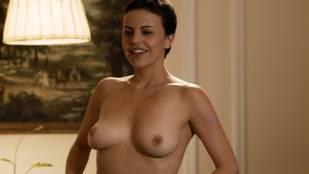 Maria de la Fuente and Alejandra Ambrosi all nude - Crímenes de lujuria (2011) HD 1080p