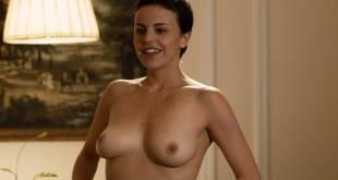 Maria de la Fuente and Alejandra Ambrosi all nude - Crímenes de lujuria (2011) HD 1080p (8)