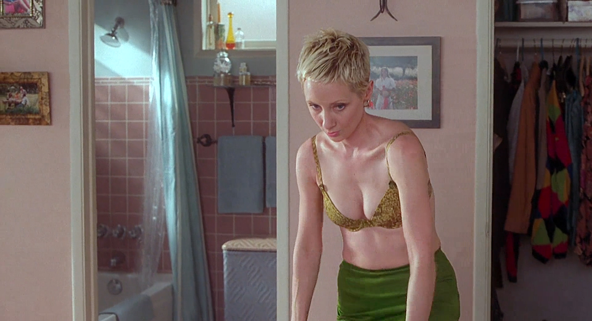 Anne Heche Nude Butt And Wet In Shower - Psycho 1998 -7927