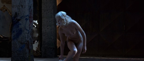 Kseniya Rappoport nude full frontal and Claudia Gerini nude full frontal too- La sconosciuta (IT-2006) hd1080p (10)