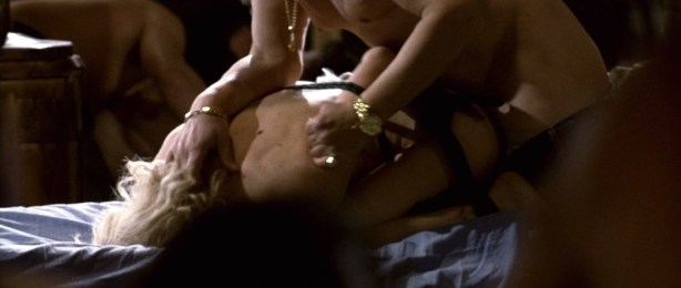 Kseniya Rappoport nude full frontal and Claudia Gerini nude full frontal too- La sconosciuta (IT-2006) hd1080p (6)