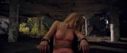 Maika Monroe hot Leisa Pulido nude Alexyss Spradlin other nude full frontal - It Follows (2014) HD 1080p (12)
