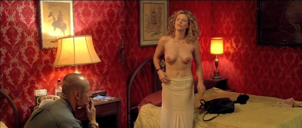 Noelle Evans nude topless and Irina Gasanova not nude hot cleavage - 15 Minutes (2001) hd1080p BluRay (3)