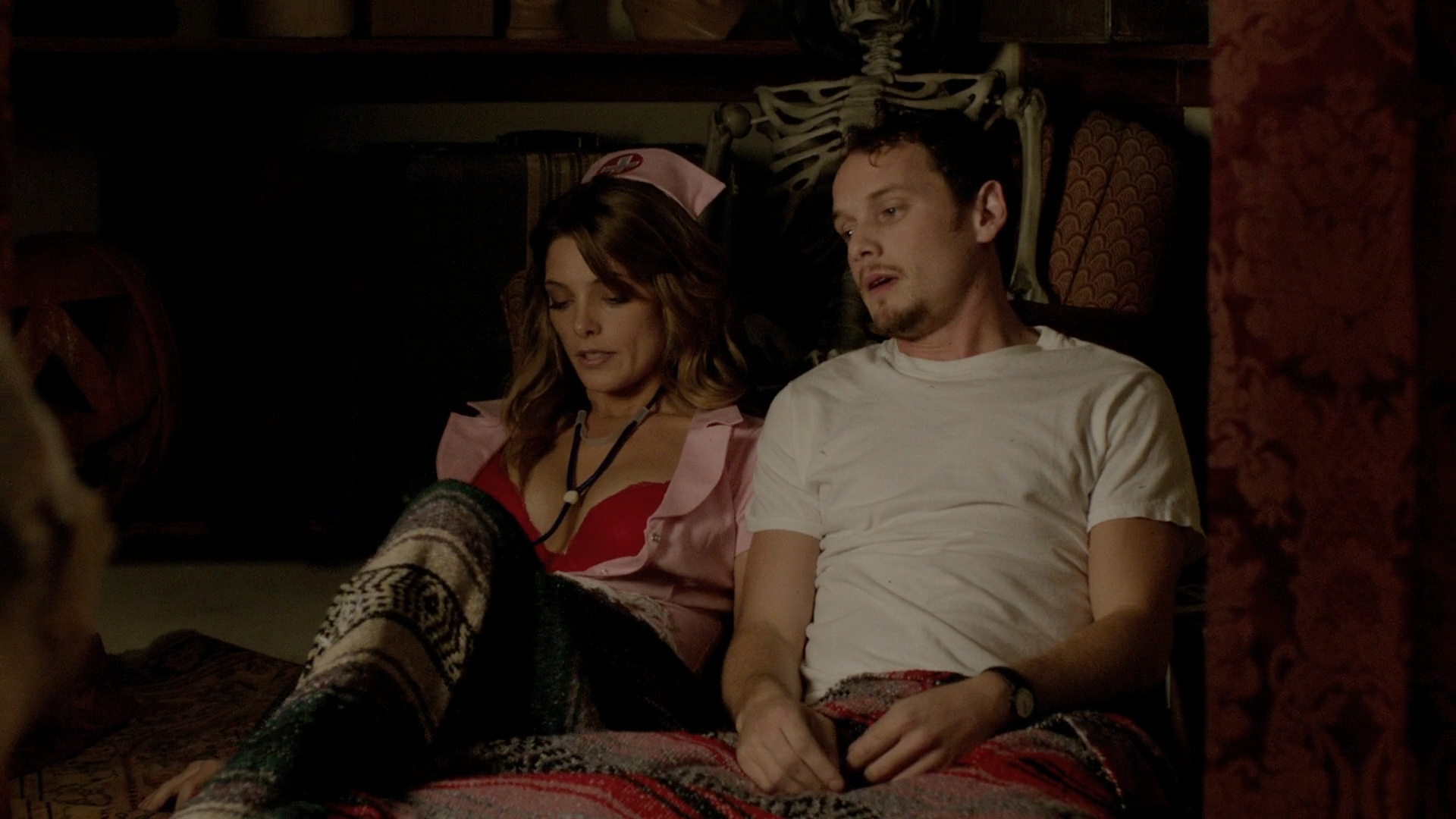Alexandra Daddario hot cleavage and Ashley Greene hot - Burying the Ex (2014) hd1080p BluRay (9)