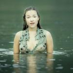 Alicja Bachleda hot wet and see through – Ondine (IR-2009) hd1080p BluRay