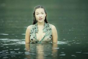 Alicja Bachleda hot wet and see through - Ondine (IR-2009) (3)