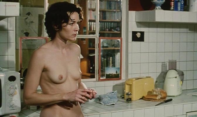 Anne Coesens nude full frontal sex (real)- Le Secret (FR-2000) (14)