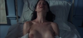 Leslie Cumming nude topless - Witchery (1988) hd1080p BluRay (12)