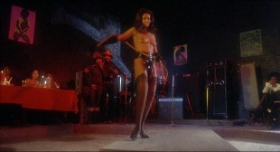 Marilyn Joi nude as stripper Elizabeth Harding nude full frontal other nude too - Hammer (1972) hd1080p BluRay