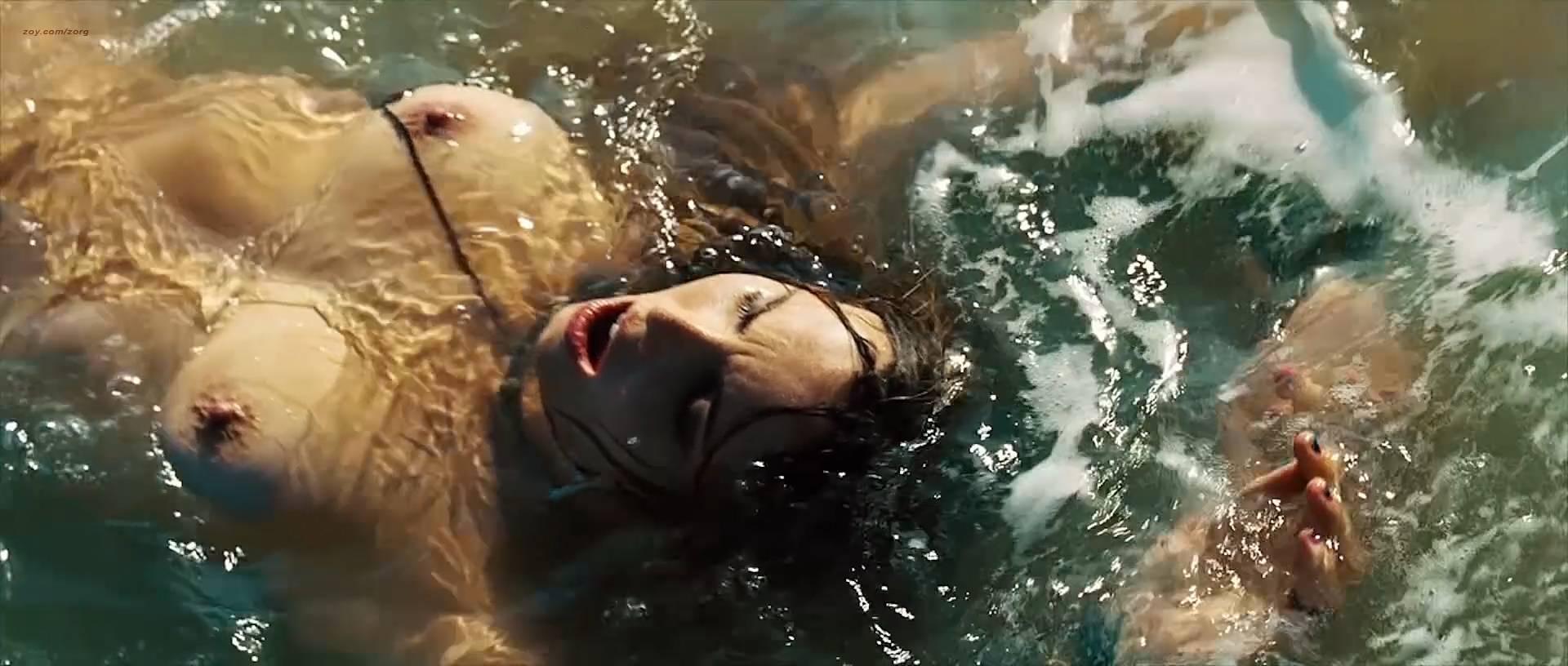 Nathalia Dill nude topless lesbian sex and Lívia De Bueno nude too - Paraísos Artificiais (BR-2012) hd1080p BluRay (2)