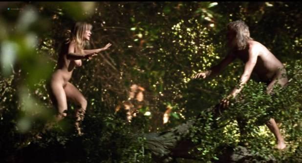 Patricia Arquette nude bush Miranda Otto hot and Laura Grady nude topless - Human Nature (2001) HD 720p (13)