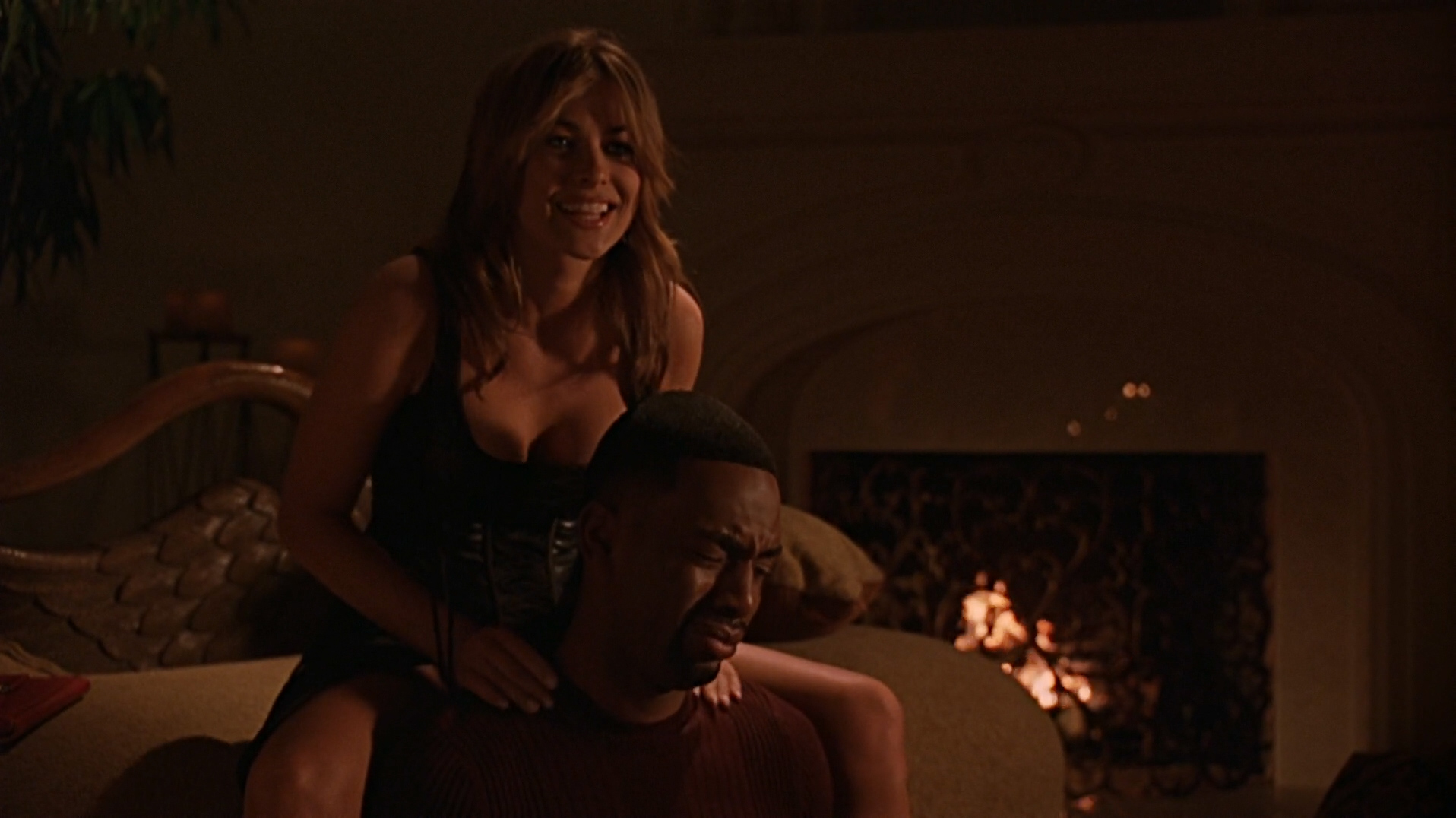 Vivica A. Fox hot in lingerie and Carmen Electra hot panties - Getting Played (2006) hd1080p Web-DL (4)