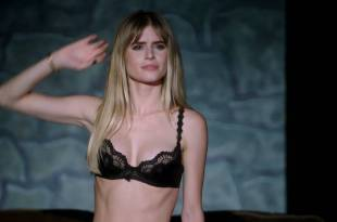 Carlson Young hot in bra and panties – Scream (2015) s1e3-4-8 hd1080p (5)