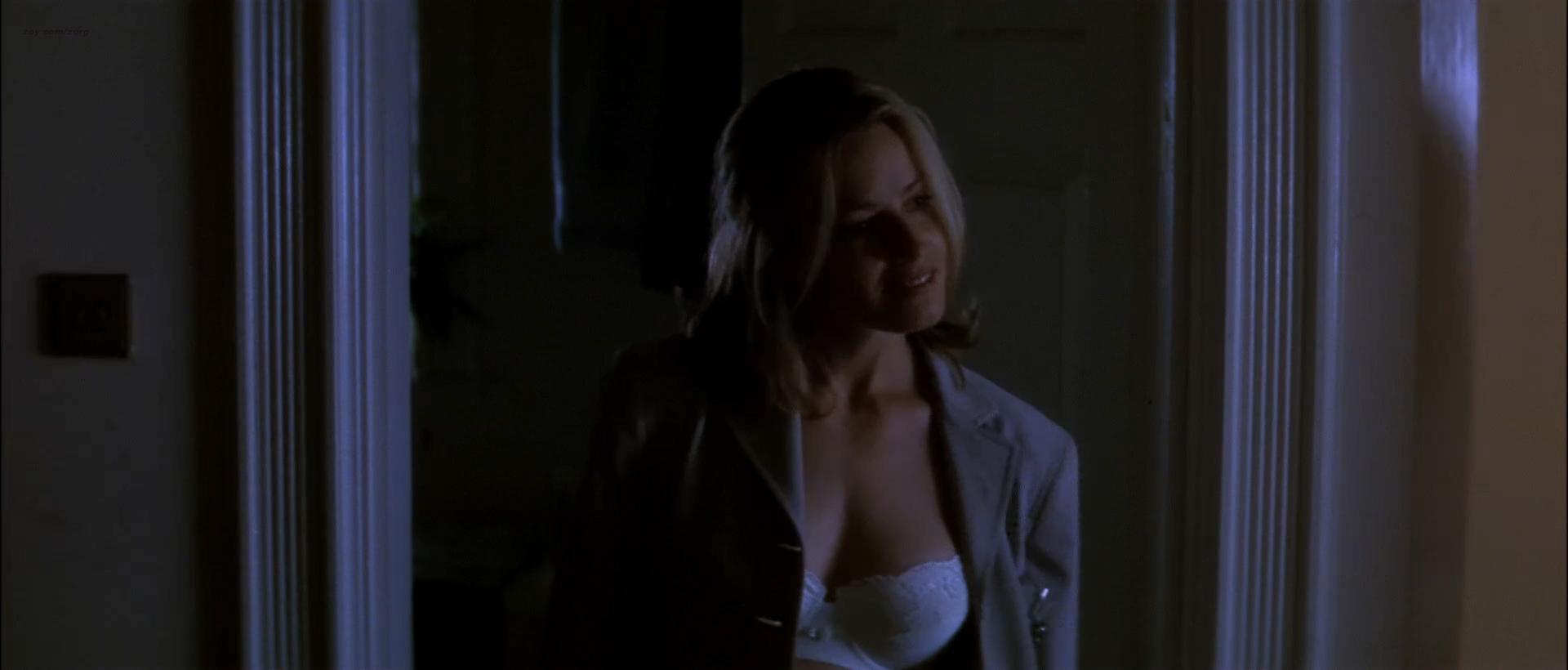 Elisabeth Shue hot sexy some sex too- The Saint (1997) hd1080p WEB-DL (1)