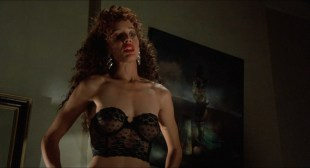 Jennifer Beals nude but covered and Kasi Lemmons nude topless - Vampire's Kiss (1989) hd1080p BluRay