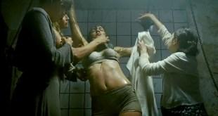 Karina Testa nude brief side boob - Frontier(s) (2007) hd720p (3)