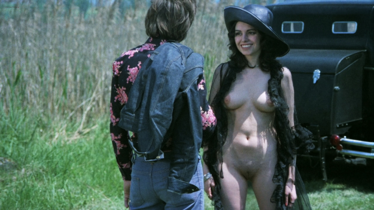 Lina Romay nude bush explicit oral sex andUrsula Maria Schaefer nude sex - Rolls-Royce Baby (1975) hd720p BluRay (8)
