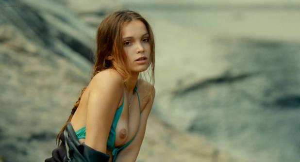 Lola Le Lann Nude Bush Skinny Dipping And Sex Un Moment D égarement 2015 Hd1080p Web Dl