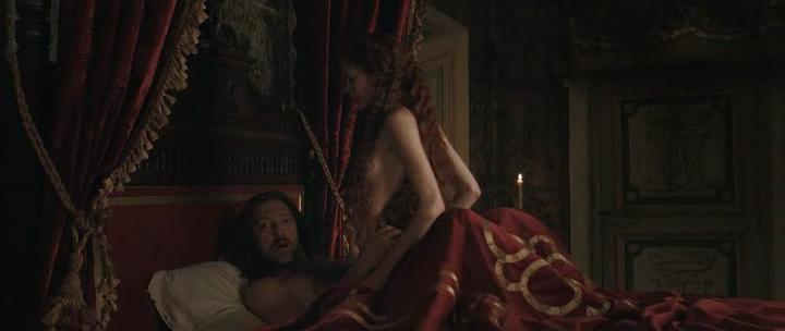 Stacy Martin nude butt others nude - Il racconto dei racconti (2015) hd1080p (27)