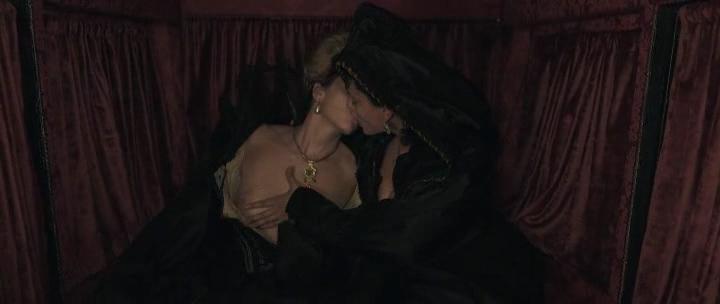 Stacy Martin nude butt others nude - Il racconto dei racconti (2015) hd1080p (22)