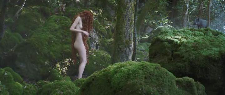 Stacy Martin nude butt others nude - Il racconto dei racconti (2015) hd1080p (18)