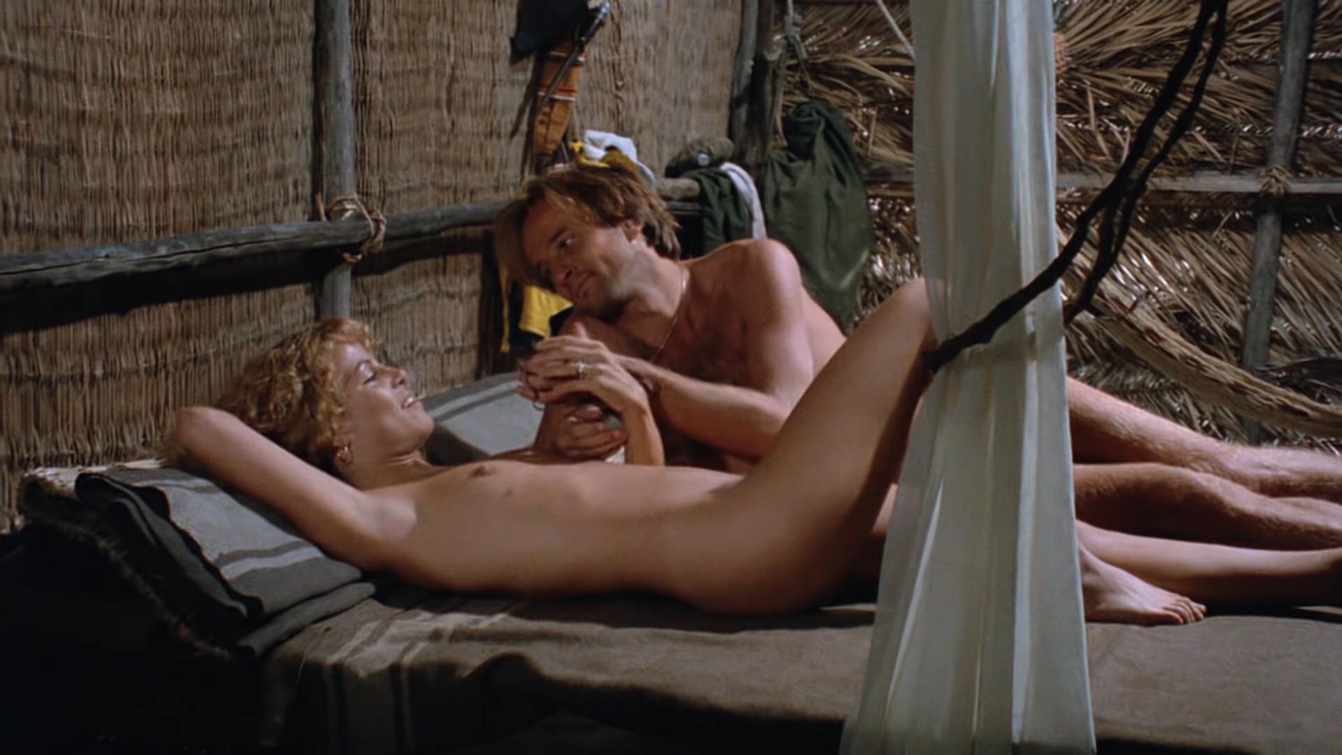 Zora Kerova nude topless - Cannibal Ferox (IT-1981) hd1080p BluRay (6)