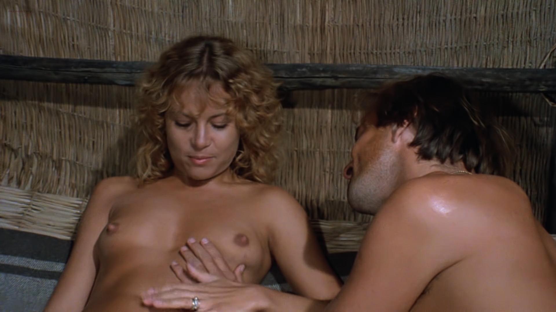 Zora Kerova nude topless - Cannibal Ferox (IT-1981) hd1080p BluRay (3)