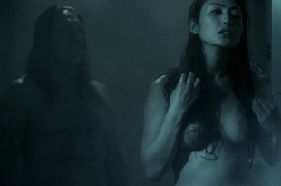 Chasty Ballesteros nude butt boobs in shower - The Night Crew (2015) HD 1080p BluRay (2)