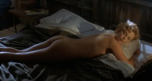 Charlize Theron nude butt naked and some sex – The Cider House Rules (1999) HD 1080p BluRay (1)