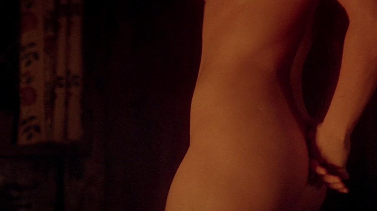 sexy latina nude dancing