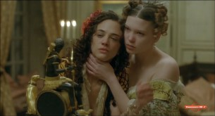 Asia Argento nude Roxane Mesquida nude too - Une Vieille Maitresse (2007) HDTV 1080p (8)
