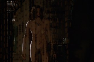 Embeth Davidtz nude full frontal – The Gingerbread Man (1998) HD 1080p BluRay