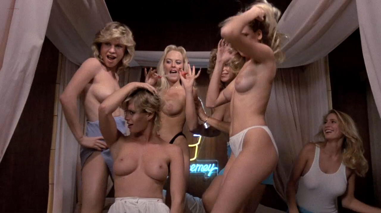 Kristi Somers nude bush, Darcy DeMoss nude others nude too - Hardbodies (1984) HD 720p WEB-DL (6)