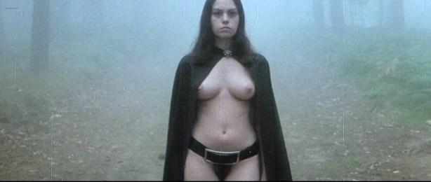 Lina Romay nude bush Monica Swinn & Anna Watican - Female Vampire (1973) HD 720p BluRay (13)