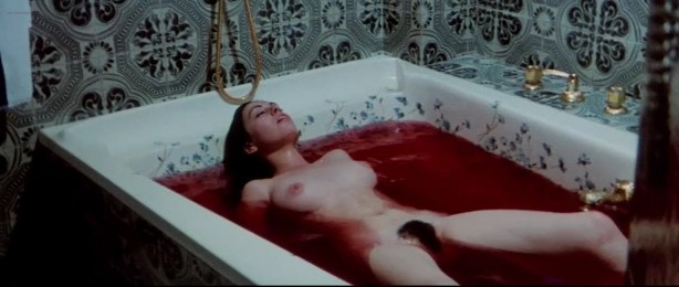 Lina Romay nude bush Monica Swinn & Anna Watican - Female Vampire (1973) HD 720p BluRay (15)