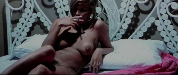 Lina Romay nude bush Monica Swinn & Anna Watican - Female Vampire (1973) HD 720p BluRay (8)