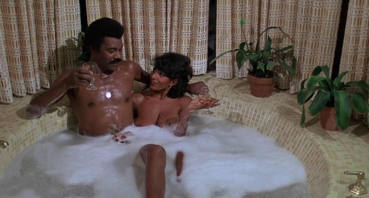 Pam Grier nude in shower and Rosalind Miles nude too - Friday Foster (1975) HD 720p BluRay (1)