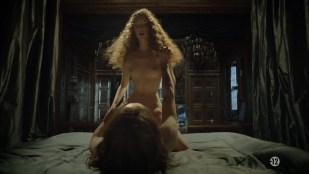 Alexia Giordano nude sex Noémie Schmidt nude wet and sex - Versailles (FR-2015) s1e1 HD 720p
