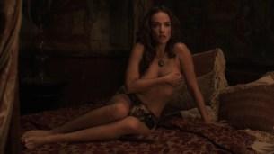 Alicja Bachleda nude topless and Yvonne Strahovski hot - Edge (2015) HD 1080p (1)