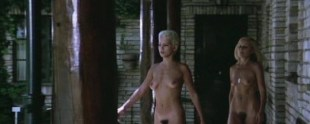 Annie Belle nude full frontal and Felicity Devonshire nude - La fine dell'innocenza (IT-1975)