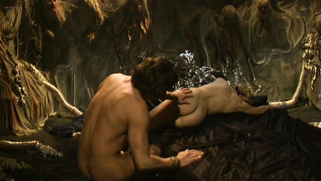 Dana Ceci nude full frontal others nude sex -Prive (IT-2002) HD720p (9)